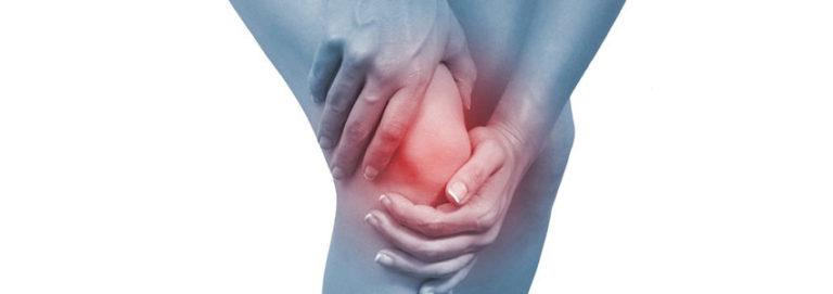 dores no joelho em mulheres de meia-idade